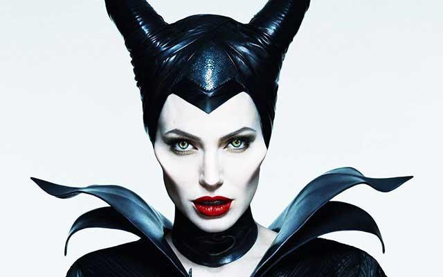Maléfique-Angelina-Jolie